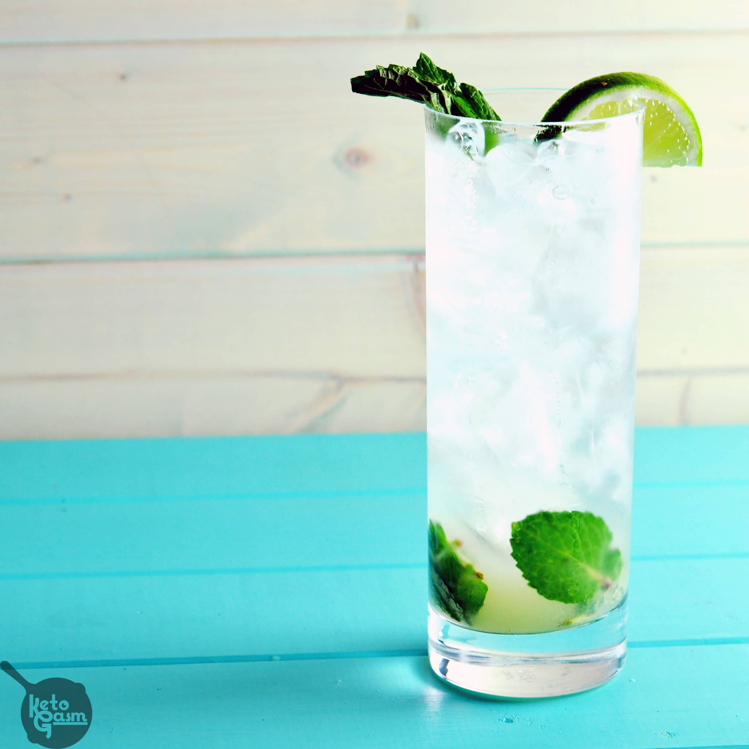 Sugar-Free Vodka Mojito   KETOGASM This drink tastes identical to the mojitos served at my favorite local happy hour spot... without all the sugar and carbs! This cocktail is perfect if you are searching for a drink that is low carb, sugar free, or just want to try something new. #cocktails #healthy #lowcarb #sugarfree #diet #keto #lchf #ketosis #atkins #drinks #booze
