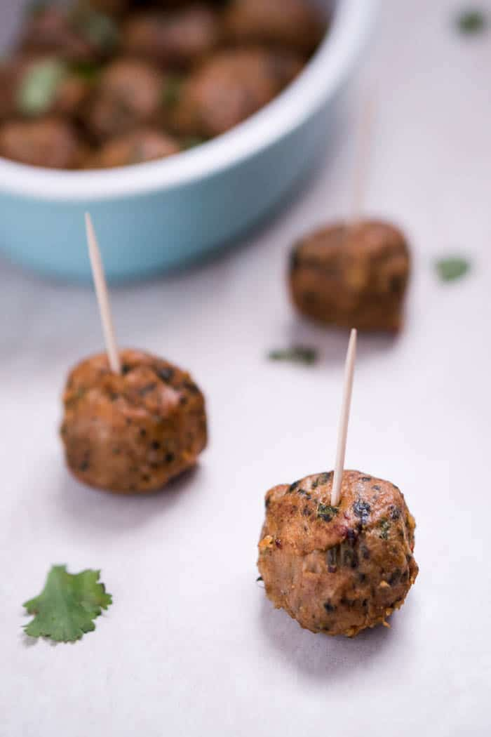 Spicy Low Carb Chicken Meatballs - Baked Chicken Meatballs Recipe